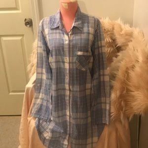 EUC VS sleep shirt and body suit size large